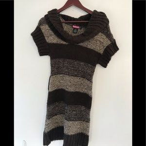 Brown turtle neck knitted dress.